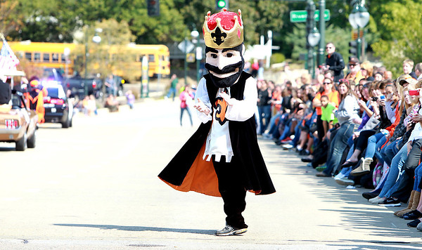 St. Charles East Homecoming Parade
