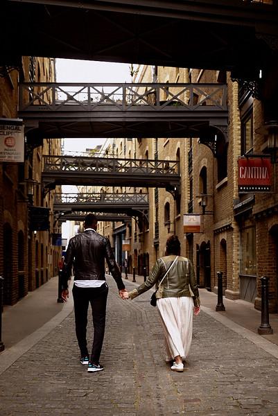 London-photo-shoot-westminster-buckingham-palace-Tower-bridge-black-cab-taxi 53.jpg
