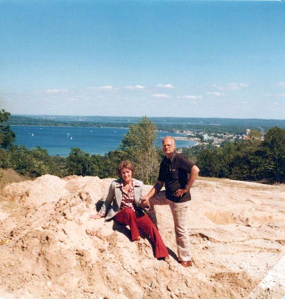 1978 Vivian and Donald Konyha.jpeg