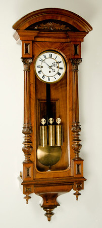VR-391 - Altdeutsche 3 weight Vienna Regulator by Gustav Becker in a beautifully made case.