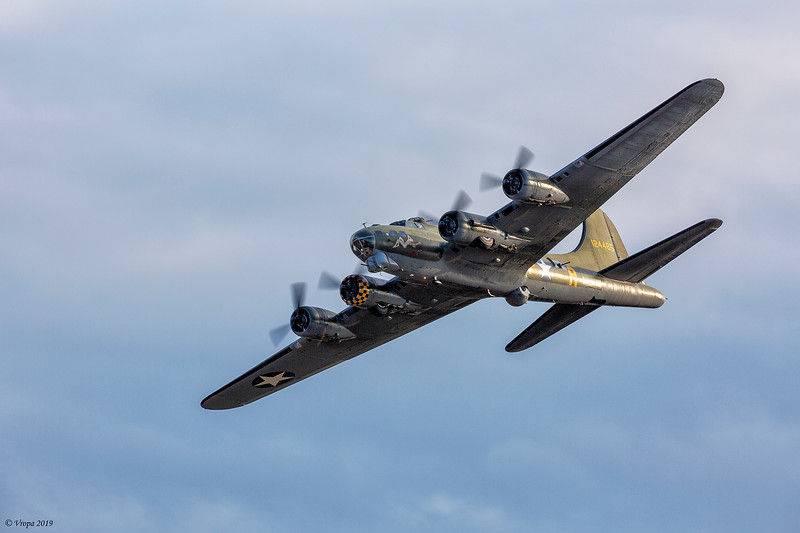 B-17 Flying Fortress Sally B