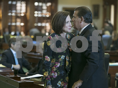 bathroom-bill-clears-texas-senate-but-still-faces-hurdles