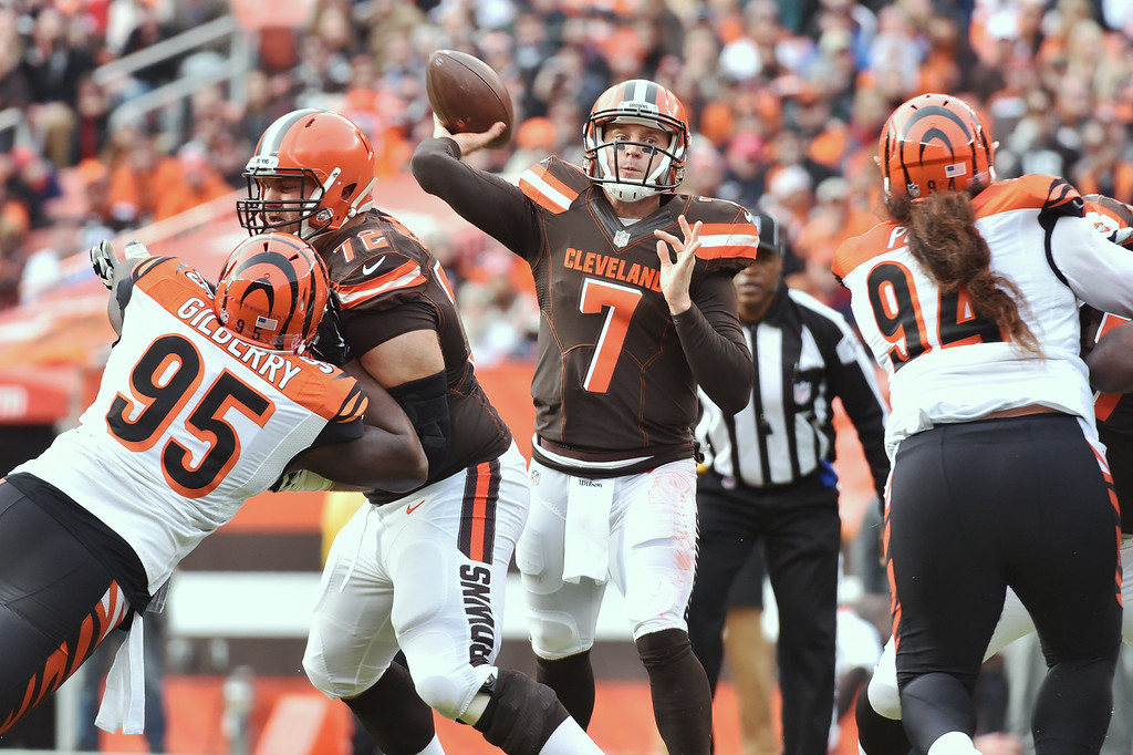 . News-Herald file Protected by Browns\' lineman Mitchell Schwartz, left, Browns\' quarterback Austin Davis throws from the pocket during the second quarter of the Browns\' 37-3 loss Dec. 6, at FirstEnergy Stadium.