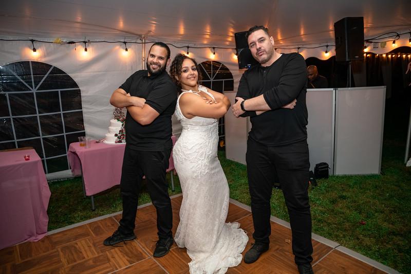 Rob & Gladys Wedding (2236).jpg