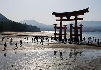 2018 Japan 13 Magical Miyajima