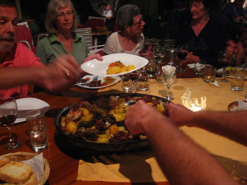 2011 0905 Dol Brac dinnerunderbell2.jpg