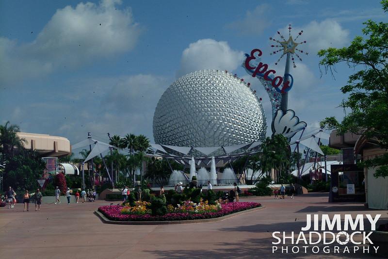 Disney Part 2 2005 439.jpg