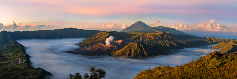 Indonesia-Java-Mount-Bromo-Tengger-Semeru-National-Park-sunrise.jpg