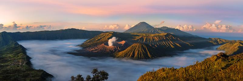 Indonesia-Java-Mount-Bromo-Tengger-Semeru-National-Park-sunrise.jpg