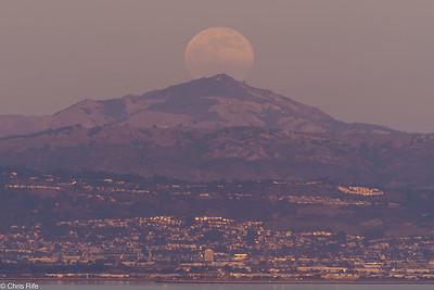 San Bruno Moonrise, 2020