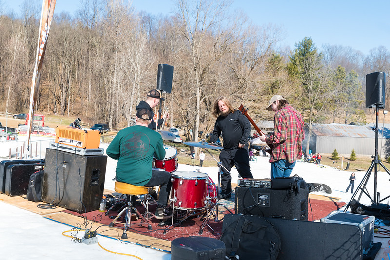 Backyard-BBQ-The-Woods-16-17_Snow-Trails-Mansfield-Ohio-1161.jpg