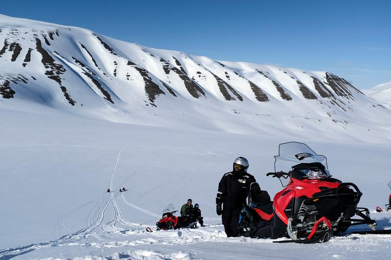 5-22-17013176longyearbyen.jpg