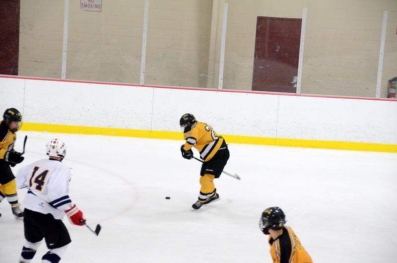 141004 Jr. Bruins vs. Boston Bulldogs-061.JPG