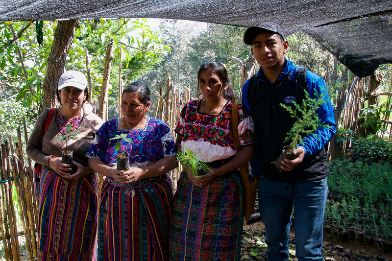 Visit to see reforestation projects and vivero in El Duraznal