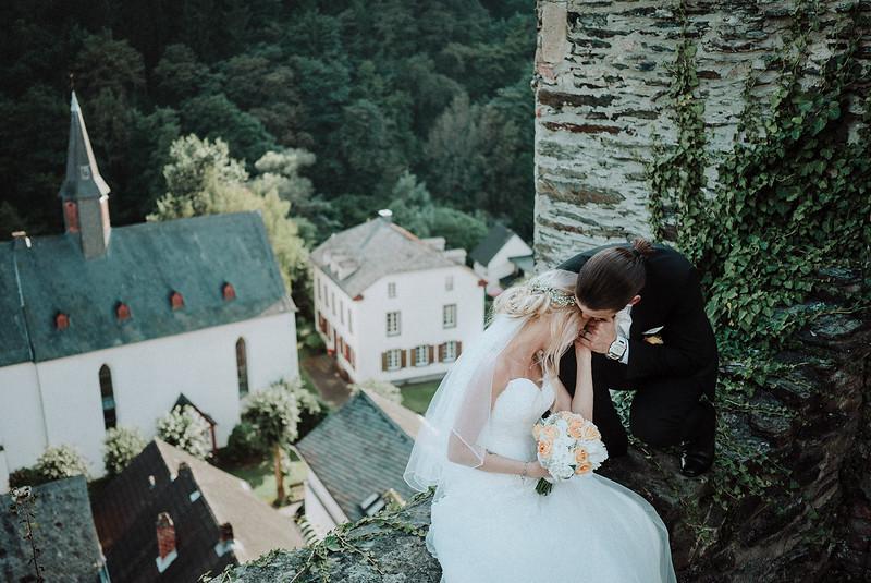 Tu-Nguyen-Wedding-Hochzeitsfotograf-Hochzeitsreportage-Neuwied-Bonn-Koblenz-Jan-Jessica-187a.jpg