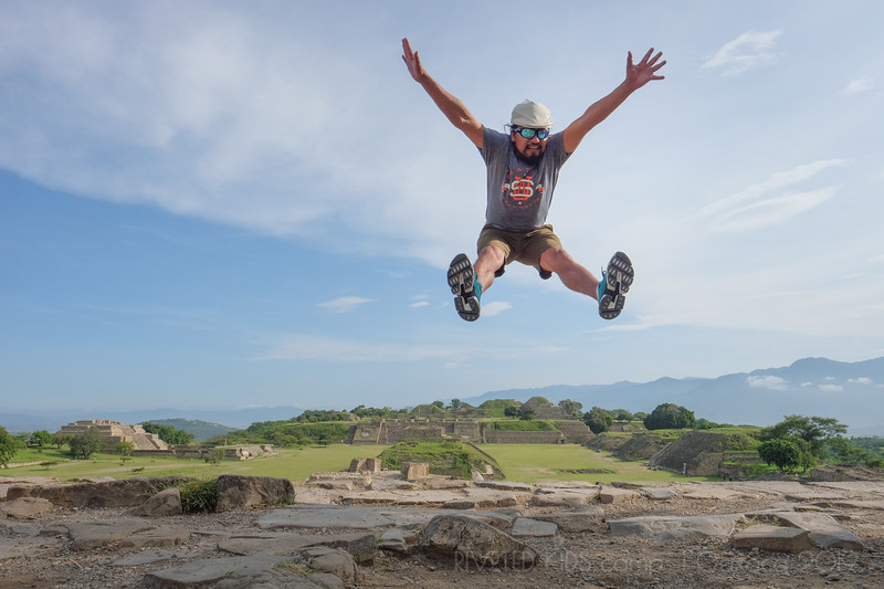 Jay Waltmunson Photography - Street Photography Camp Oaxaca 2019 - 144 - (DXT11457).jpg