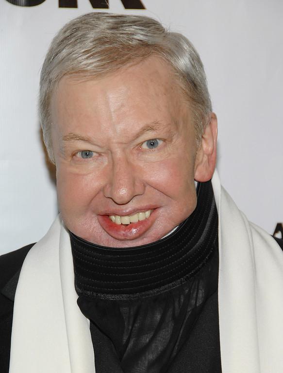 . Roger Ebert is shown in this, Nov. 27, 2007, file photo in New York.  (AP Photo/Evan Agostini, file)
