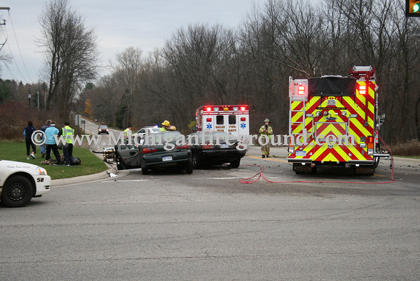 11/2/09 - Delhi Twp extrication, College & Holt