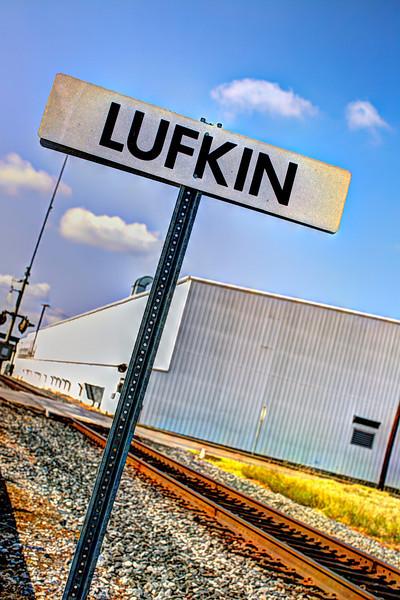 Lufkinsign-.jpg