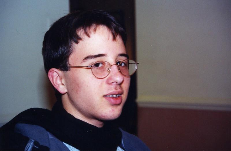 2001-136.jpg