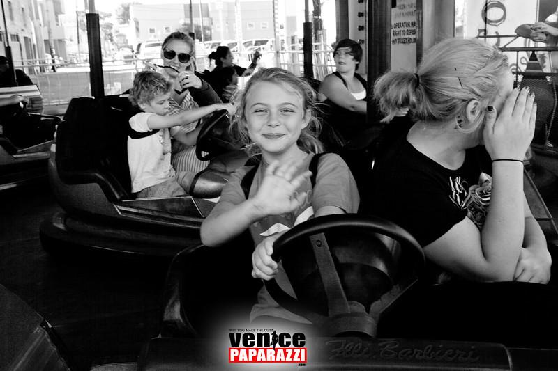 VenicePaparazzi-105.jpg