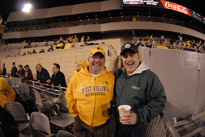 25695 WVU vs Auburn football gold rush