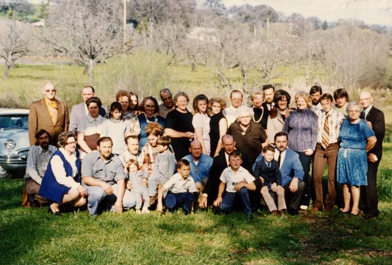 Family of Melvin and Alice Ruddell.JPG