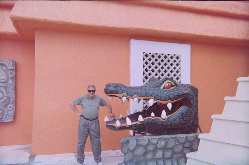 grandpa-mexico-alligator.jpg