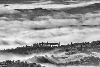 Tuscan  mists (B&W) 2013