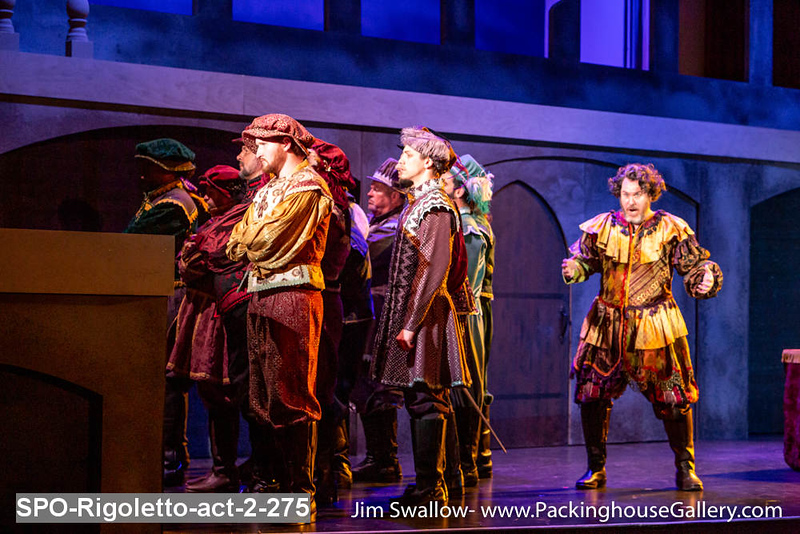 SPO-Rigoletto-act-2-275.jpg