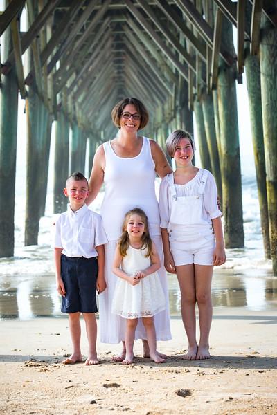Topsail Island Family Photos-185.jpg