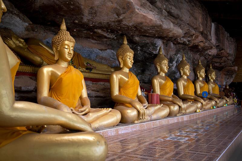 buddha_cave.jpg