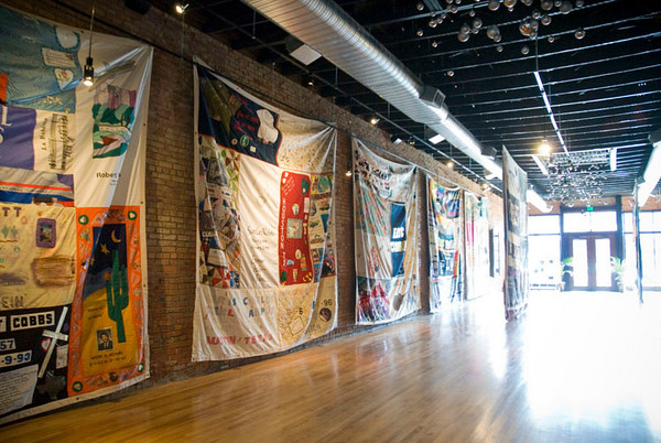 AIDS quilt at event1013