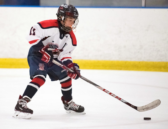 07/25/18 Wesley Bunnell | Staff The Central CT Capitals AA (Newington) were defeated by Kent Elite 07 in 12U Nutmeg Games ice hockey on Wednesday evening. Kayden Sharkevich (11).