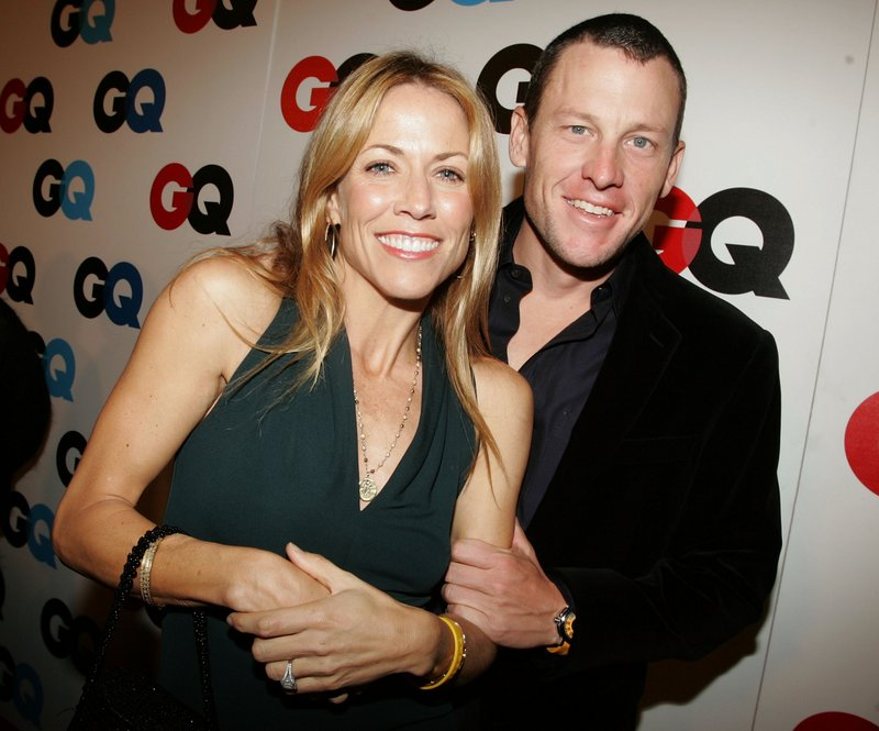 """. <p>10. (tie) SHERYL CROW & LANCE ARMSTRONG  <p>You dirty rats! (previous ranking: unranked) <p><b><a href=\'http://www.nydailynews.com/sports/i-team/new-book-claims-crow-sang-feds-armstrong-article-1.1481152\' target=\""""_blank\""""> HUH?</a></b> <p>  (Getty Images file photo)"""