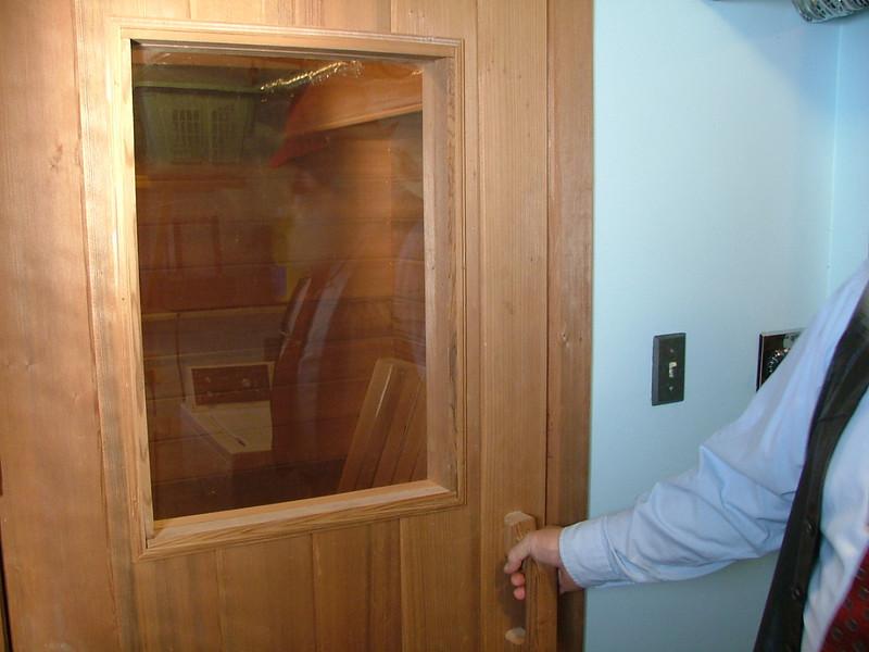 basement sauna, yes, sauna