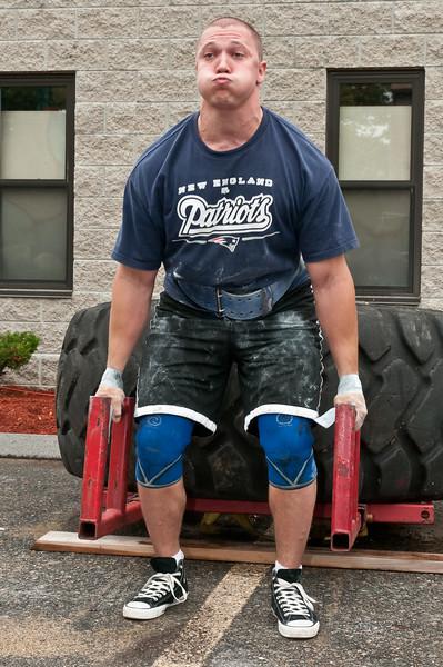 Fitness Revolution Strongman Challenge 2011_ERF3918.jpg