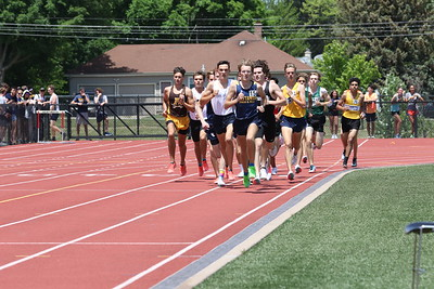 1600M Boys Gallery 2 - 2021 MHSAA LP T&F Finals - DIVISION ONE