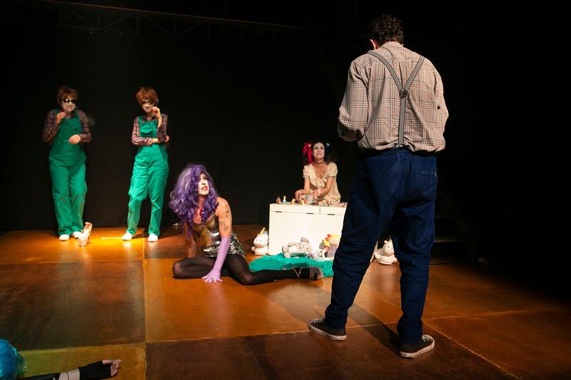 Allan Bravos - essenCIA Teatro - Persona 07-197.jpg