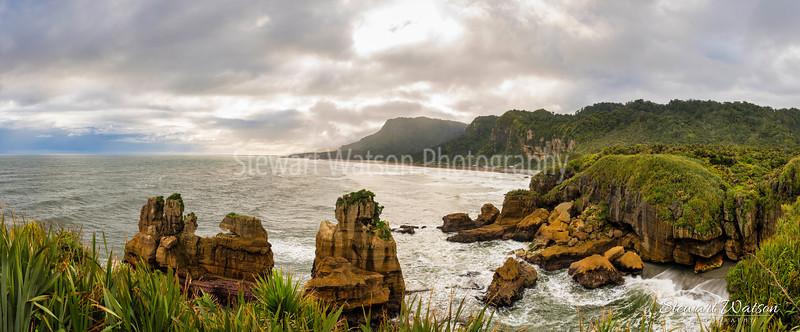 Punakaiki Pancake Rocks panorama