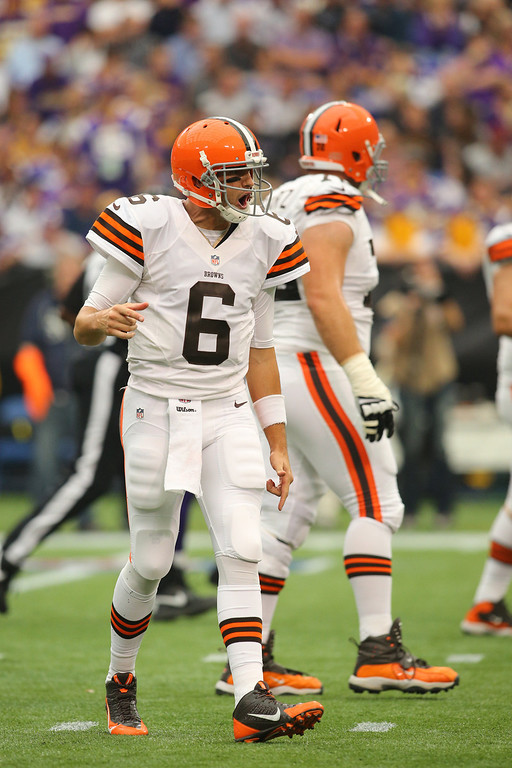 . Brian Hoyer #6 of the Cleveland Browns celebrates a touchdown against the Minnesota Vikings on September 22, 2013 at Mall of America Field at the Hubert Humphrey Metrodome in Minneapolis, Minnesota. (Photo by Adam Bettcher/Getty Images)