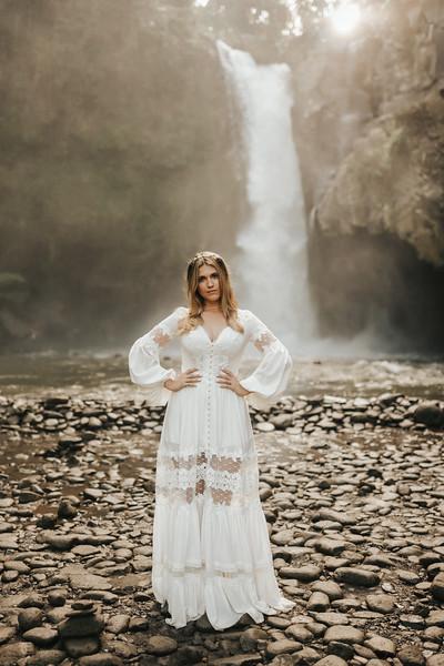 Victoria&Ivan_eleopement_Bali_20190426_190426-55.jpg