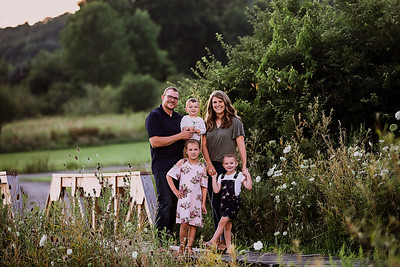 © 2020 Based in Bradford Pa, Katie specializes in newborn, baby, children, and family photography. Capturing authentic moments to last a lifetime. Katie Boser Photography   Professional Photographer