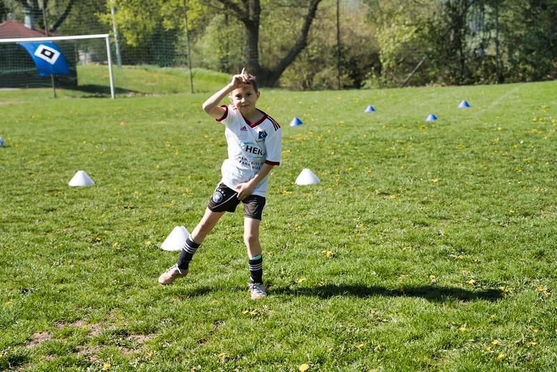 hsv-fussballschule---wochendendcamp-hannm-am-22-und-23042019-y-3_32787662497_o.jpg