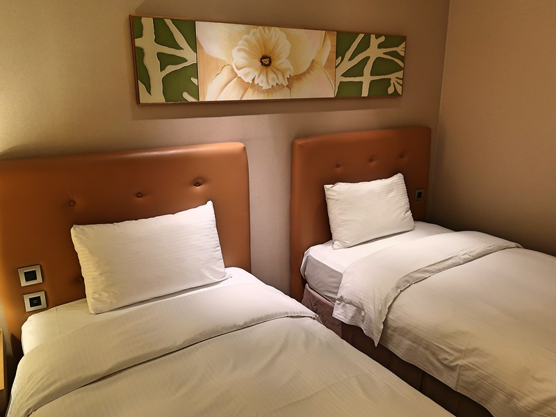 IMG_8857-classic-city-resort-bed.jpg