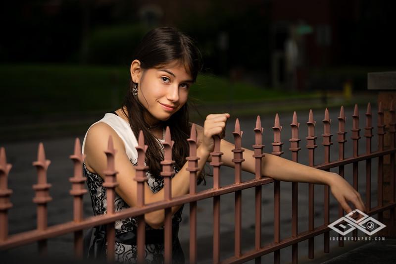 Marisol Chavez Senior-02088.jpg