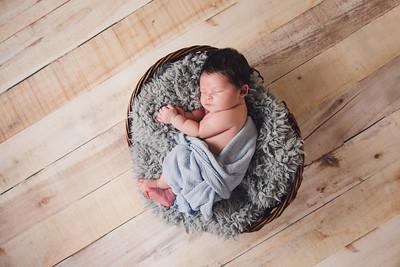 Adam Noah Newborn