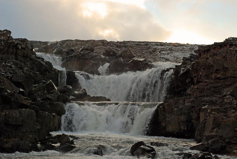 Við fundum þennan fína foss í Lækjarbotnum