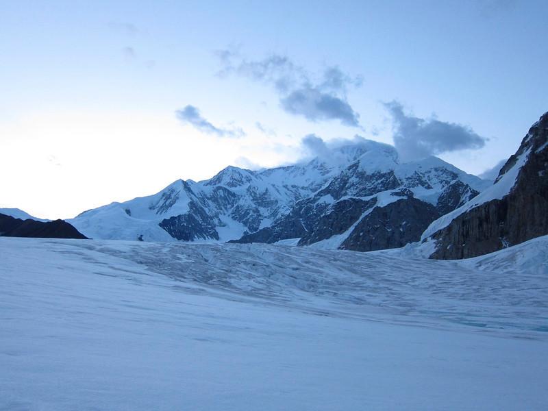 Denali (6.194m = 20,320ft) - approaching Camp 1 (C1).