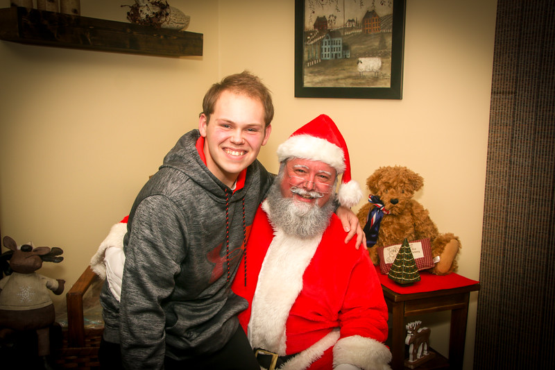 Santa Tim with Enzo 2018-87.jpg